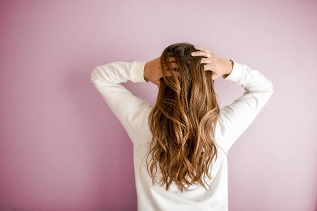 Conseils pour choisir sa coiffure selon la forme de son visage