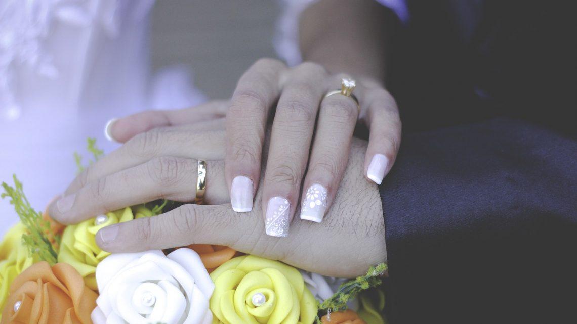 Une belle alliance en or pour sceller votre mariage