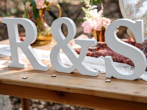 Une décoration de mariage romantique à la campagne