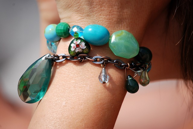 Porter des bijoux ethniques, pourquoi pas ?